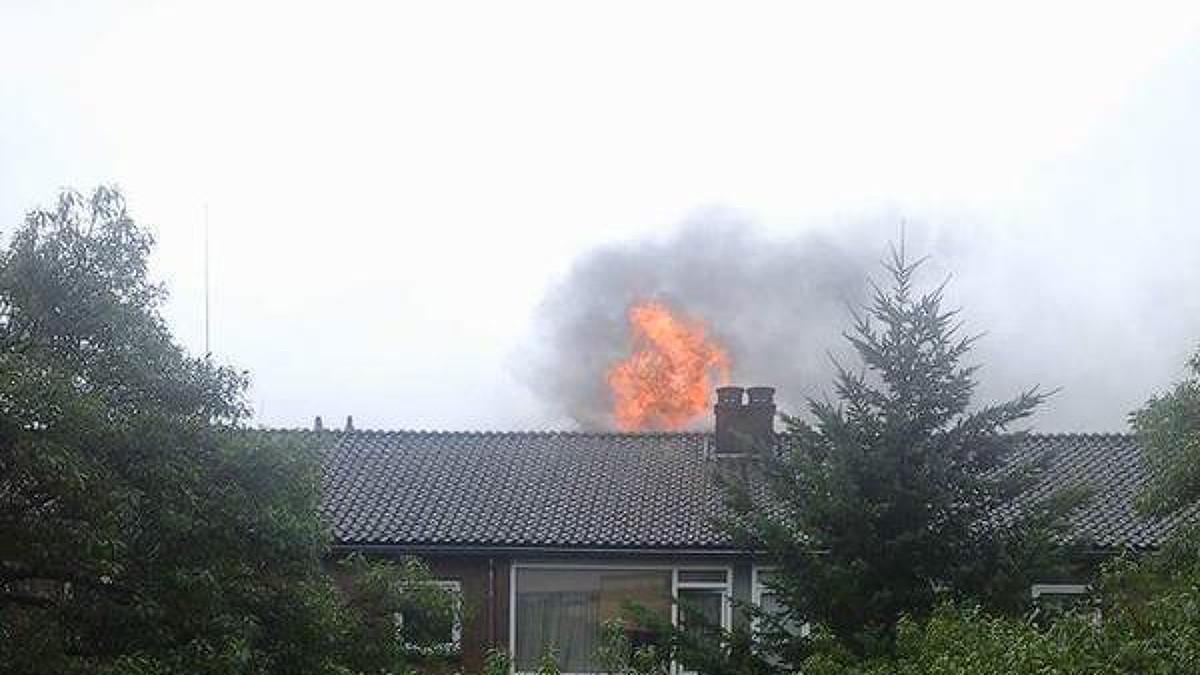 Nh uitslaande brand in huis hilversum for Huis hilversum