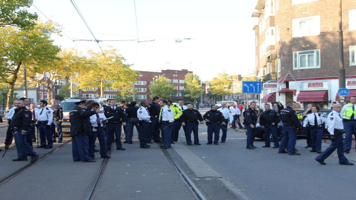 Nh rellen bij demonstratie van turken in amsterdam for Demonstratie amsterdam