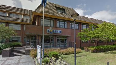 Politiebureau Heerhugowaard bekogeld